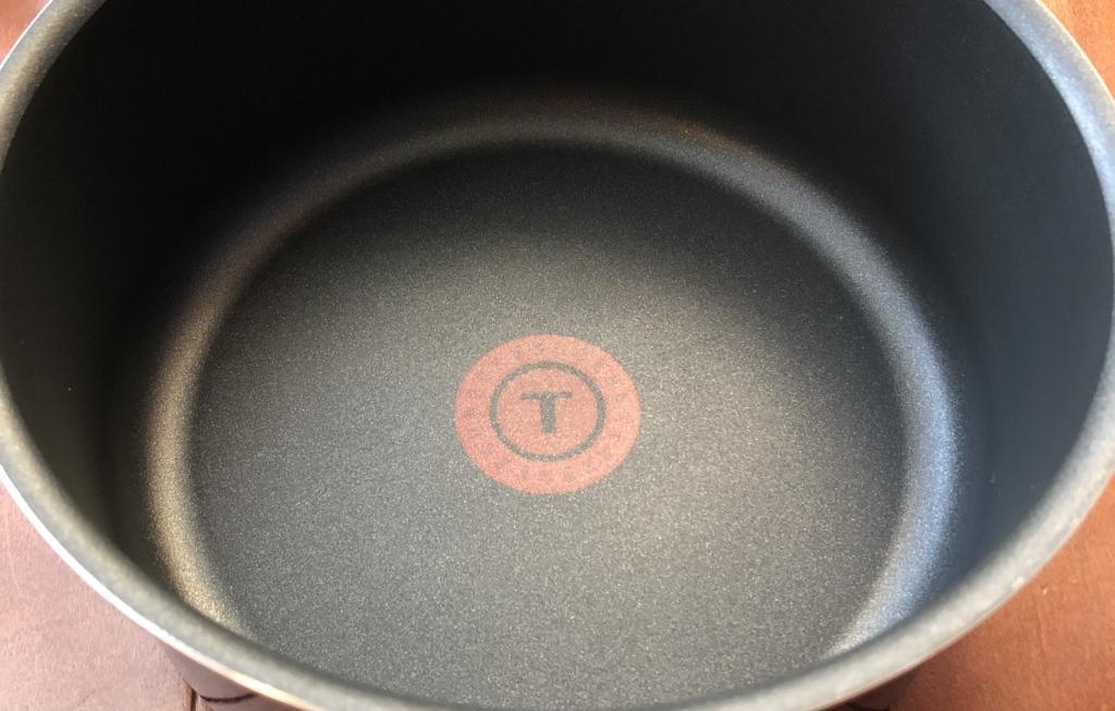 ティファールの鍋底マークが新しくなったことを伝える画像